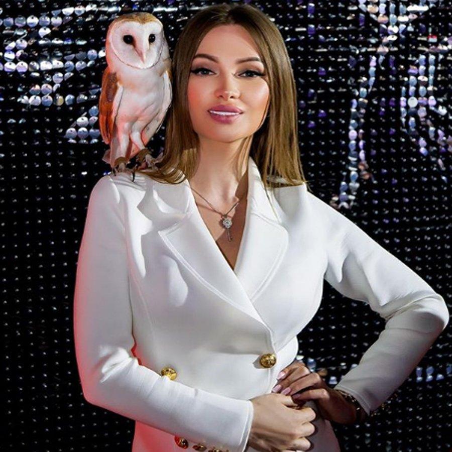 Поклонники Евгении Феофилактовой пророчат ей скорое бракосочетание