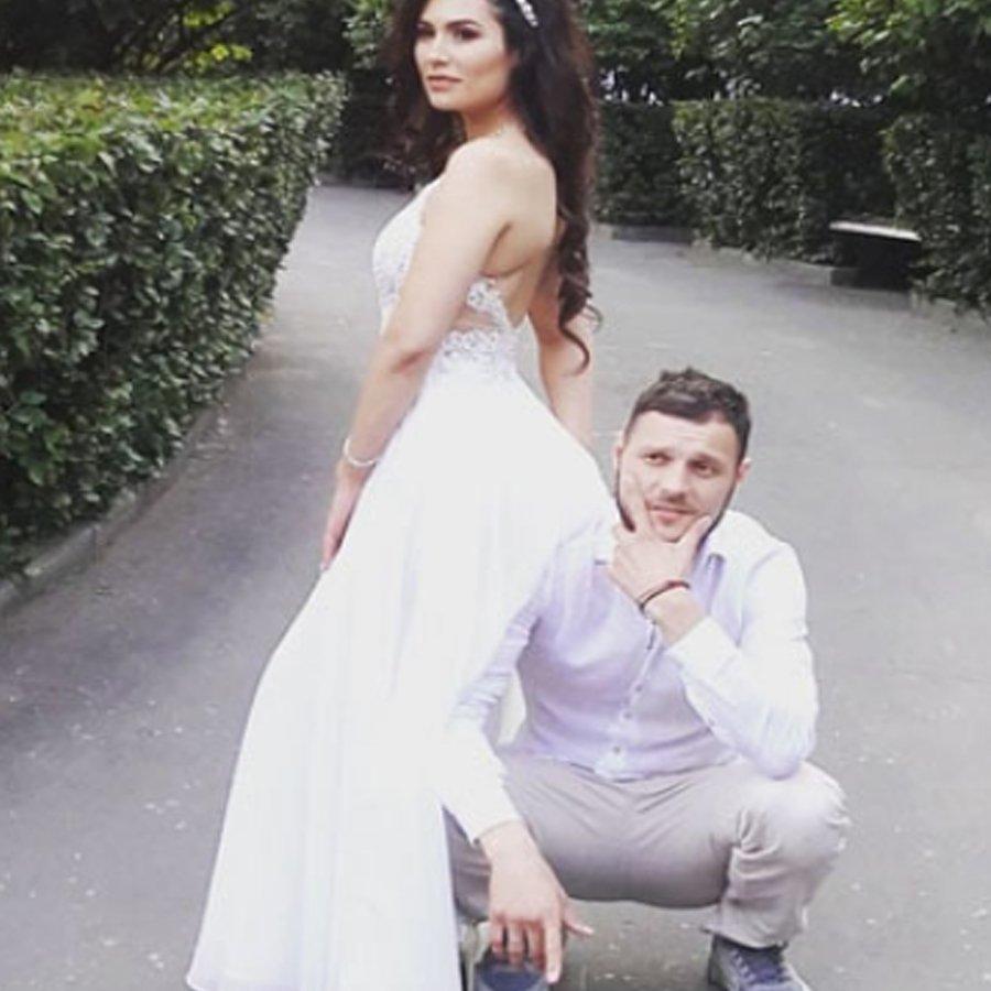 Бывший парень Леры Фрост женился на другой женщине