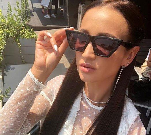 Ольга Бузова показала, как она проводит время с Дмитрием Тарасовым и его беременной супругой