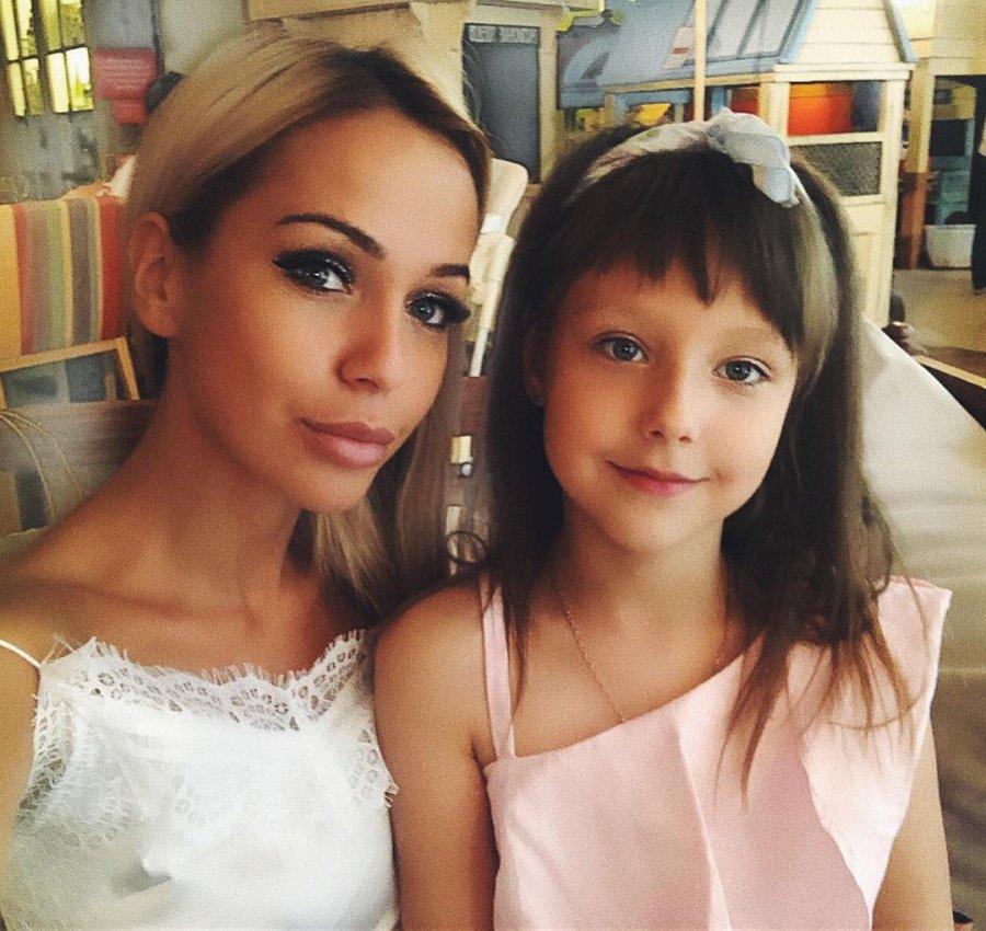 Лиза Триандафилиди попросила у дочери прощения за сложившуюся ситуацию