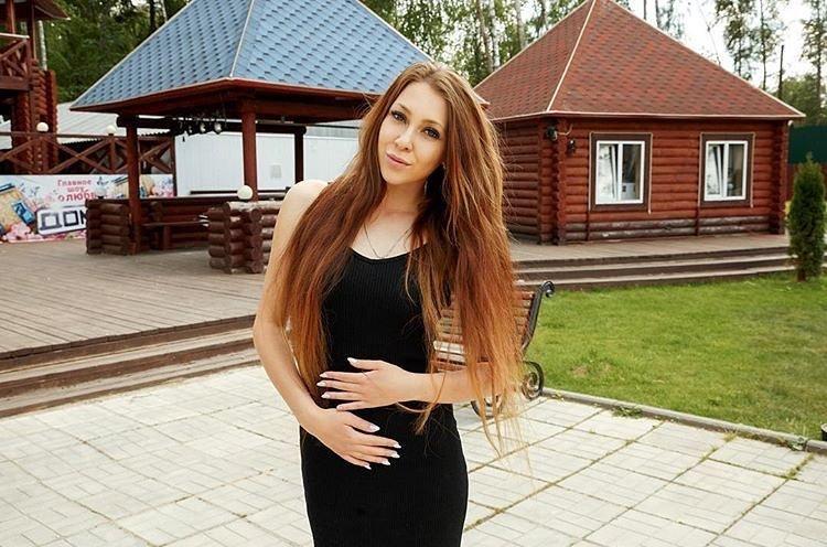 Алена Савкина пожинает плоды своей любви