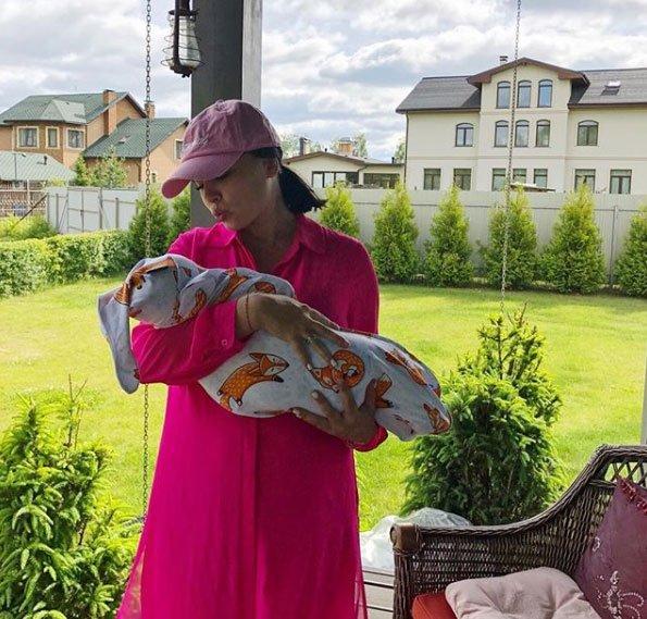 Нелли Ермолаева изменила свои взгляды на детей