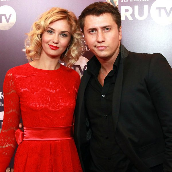 Агата Муцениеце оправдалась за связь с Дмитрием Нагиевым