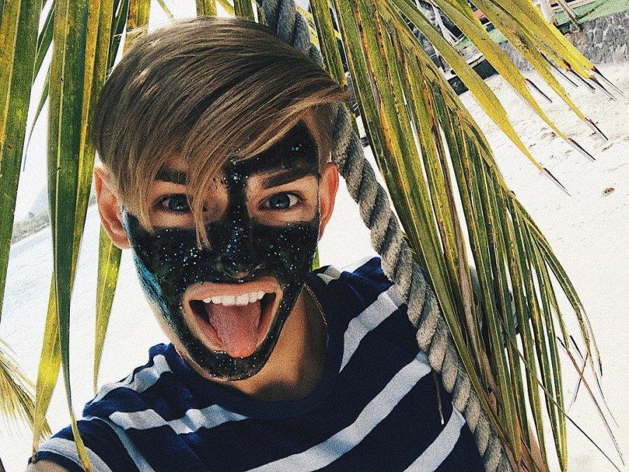 Никита Турчин уверен, что многие люди носят маски