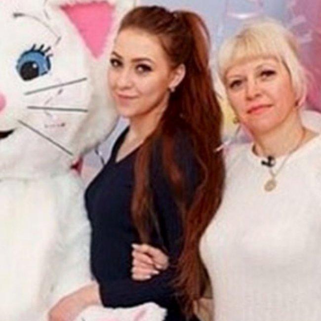 Мама Алены Савкиной прилетела спасать её отношения с Ильей Яббаровым