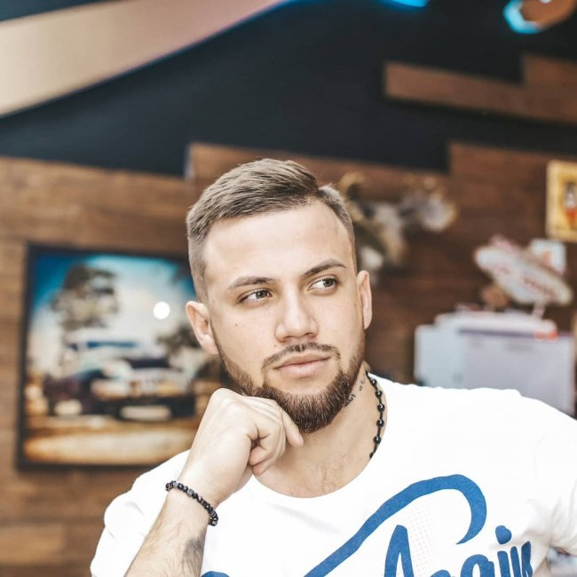 Дмитрий Талыбов похвастался своей новой прической