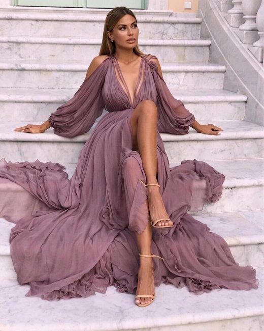 Виктория Боня похвасталась шикарным платьем