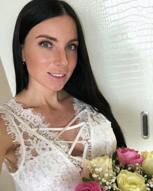 После свадебного снимка мужа Алеси Клочко сочли старым