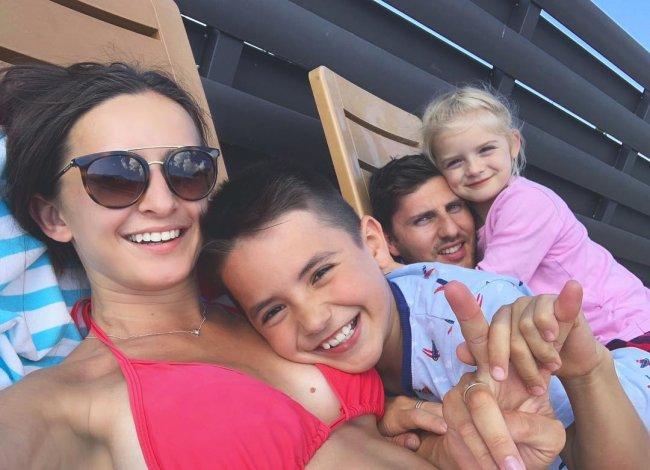 Фотоподборка Маргариты Марсо с семьёй с Кипра