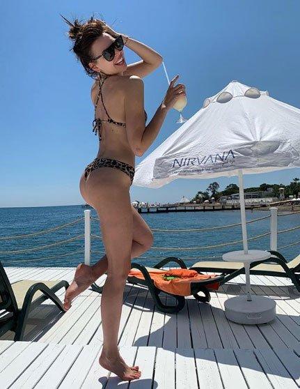 Подписчики указали Элле Сухановой на целлюлит на фото с отдыха
