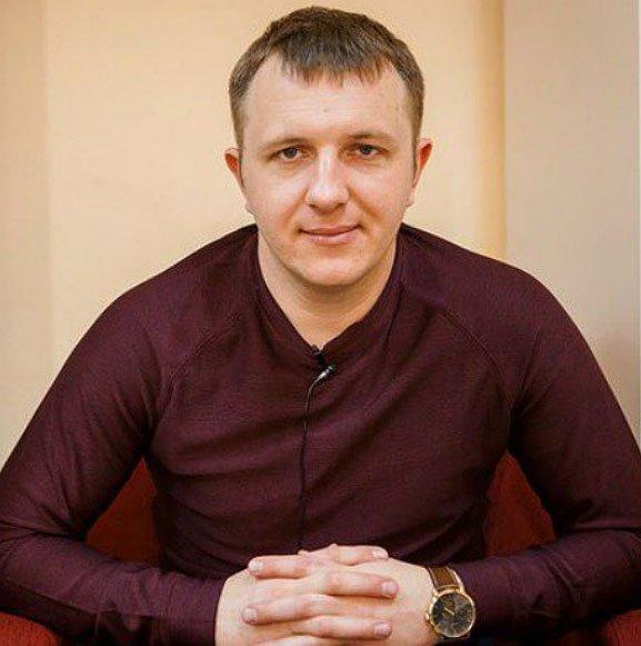 Зрители не верят, что Илья Яббаров устроился на престижную работу