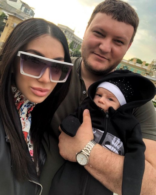 Богдана Николенко и Дмитрий Кварацхелия впервые показали лицо своего ребенка