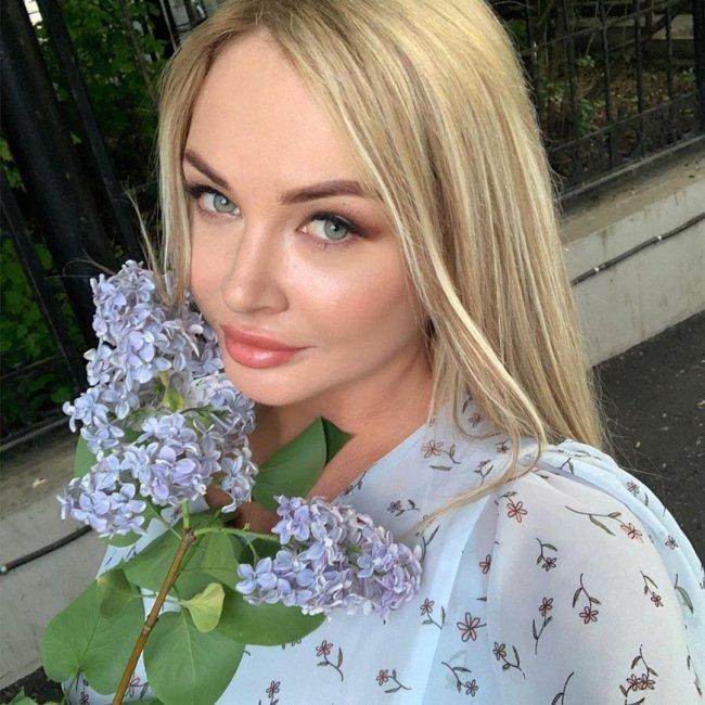 Даша Пынзарь опубликовала фото без фотошопа