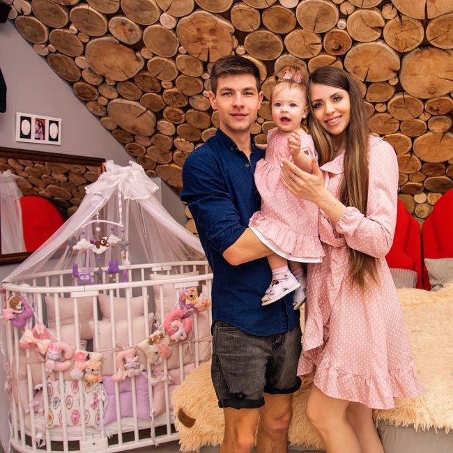 Фотоподборка брендов «Дом 2» Ольги Рапунцель и Дмитрия Дмитренко