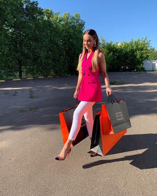 Ольга Бузова намекнула, что одевается в секонд-хэнде