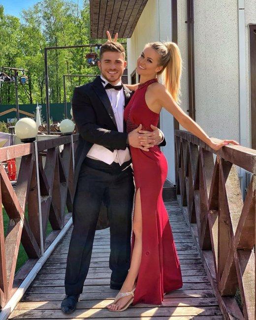 В сети появилась еще одна версия, почему мама Романа Капаклы будет отсутствовать на его свадьбе