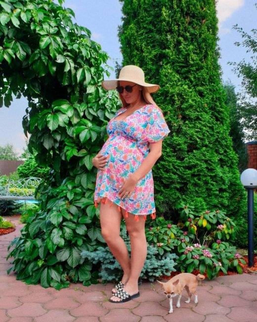 Жара выбила из колеи беременную Ольгу Гажиенко, которая не успевает ничего сделать