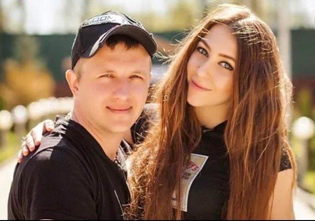 У Ильи Яббарова и Алены Савкиной появился новый автомобиль