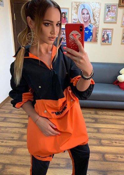 Ольга Бузова счастлива, что число ее подписчиков постоянно растет