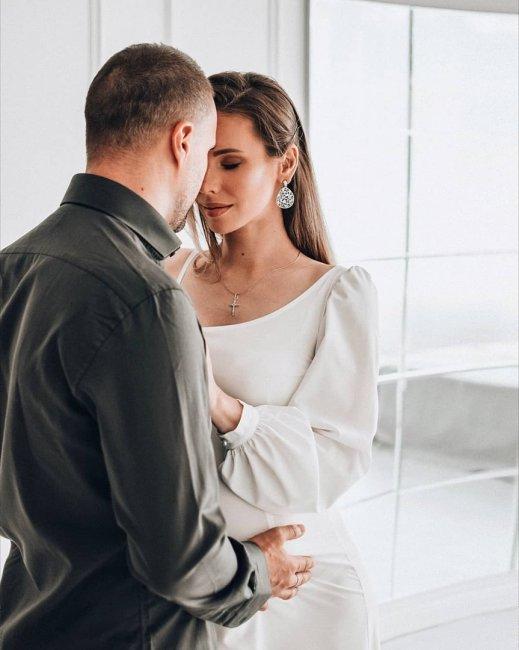 Фотосессия беременной Тони Тодерика с мужем