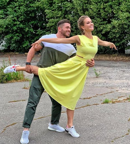 Марина Африкантова и Роман Капаклы приняли решение относительно свадьбы