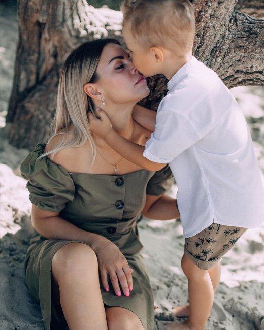 Фотосессия Оксаны Стрункиной с любимым сыном