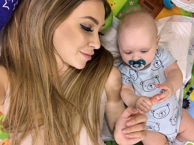 Фотоподборка счастливой мамы Алены Савкиной с сыном