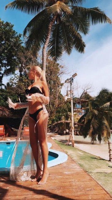 Фотоподборка прекрасной Насти Стецевят на Сейшелах
