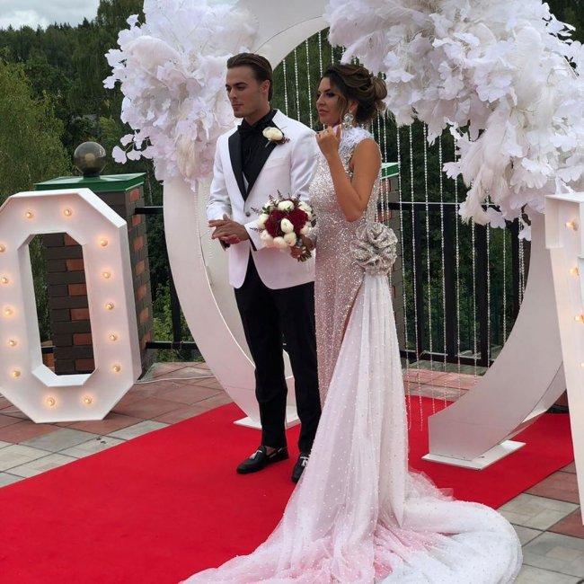 Фотосессия счастливых Майи и Леши Купиных в день свадьбы