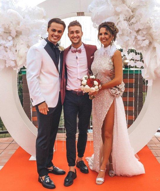 Милена Безбородова выпрашивает у Алексея Безуса свадьбу