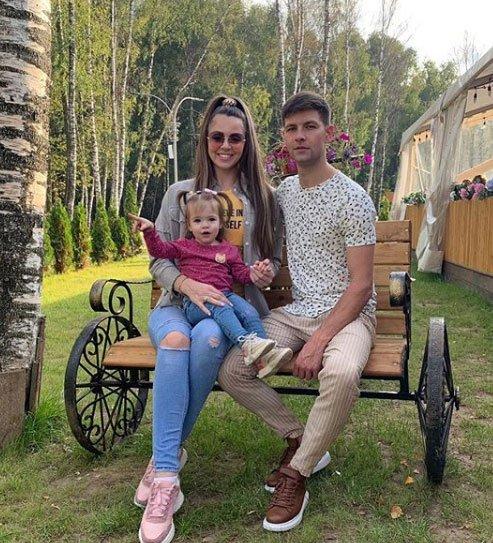 У Ольги Рапунцель и Димы Дмитренко началось весеннее обострение
