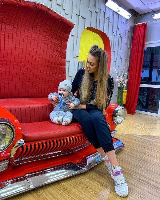Алена Савкина поняла, что воспитание ребенка требует больших усилий и знаний