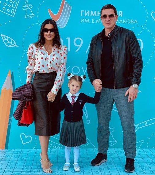 Курбан Омаров признался, что дочь его не слушает