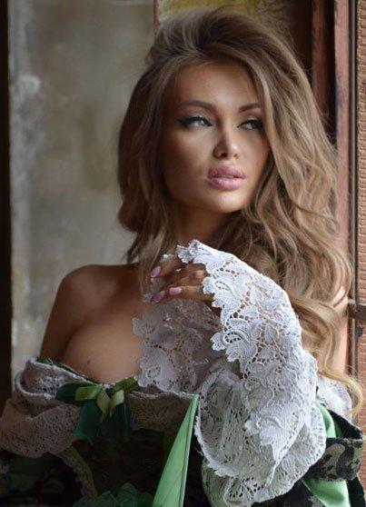 Фотосессия прекрасной и нежной Евгении Феофилактовой