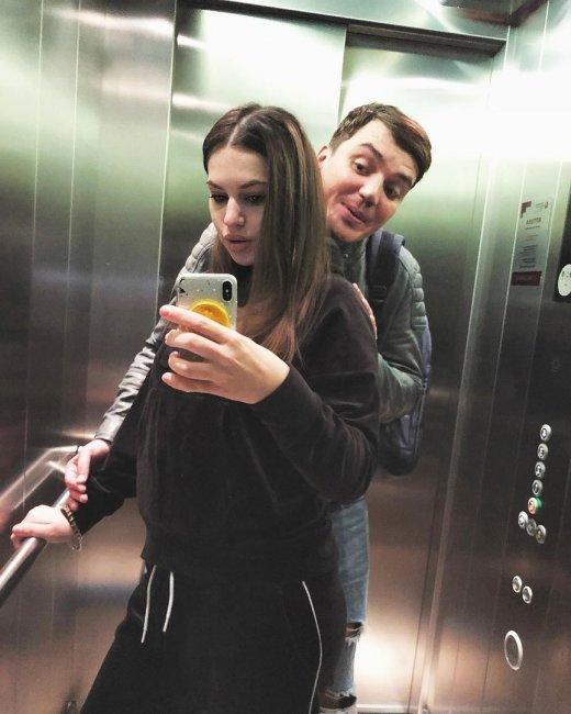 Фотоподборка молодых родителей Саши и Жени Кузиных