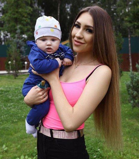 Сын Алены Савкиной никому не нужен, им никто не занимается