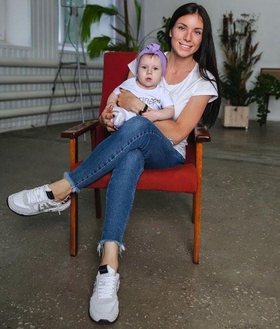 Алеся Клочко удивила фолловеров, когда рассказала про меню 10-месячной дочери