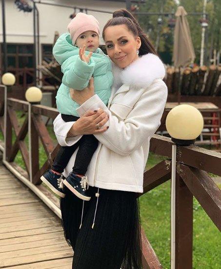 Василиса Дмитренко не сможет гордиться своей матерью