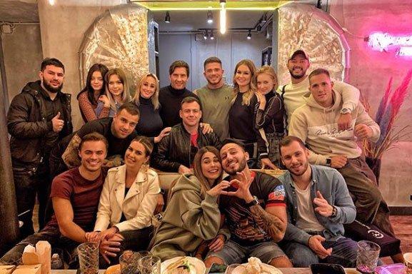 Рома Капаклы отметил свой День рождения в большой и веселой компании