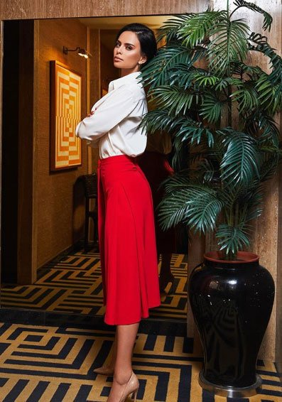 Фотоподборка шикарных образов Виктории Романец