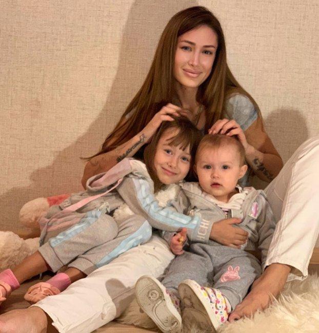 Алена Ашмарина: «Я наглым образом счастлива каждый день»
