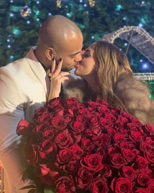 Юля Ефременкова и Мондезир Свет-Амур официально помолвлены