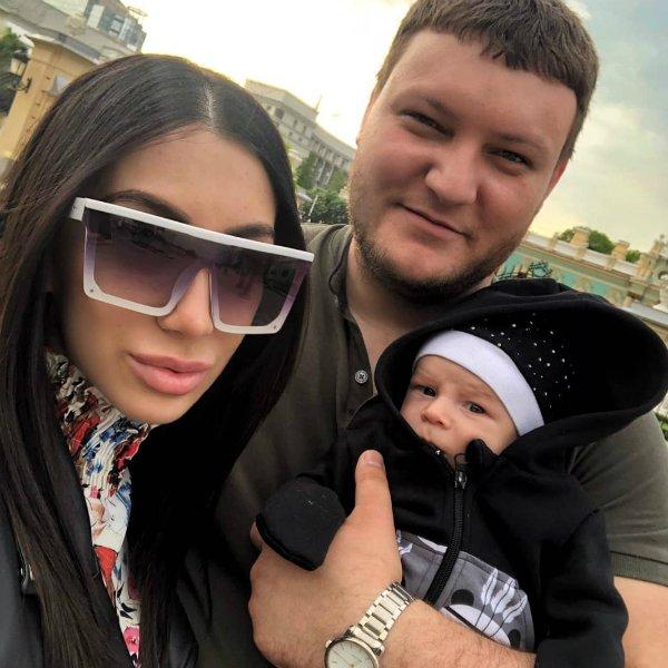 Дана Николенко ревнует сына к своей матери