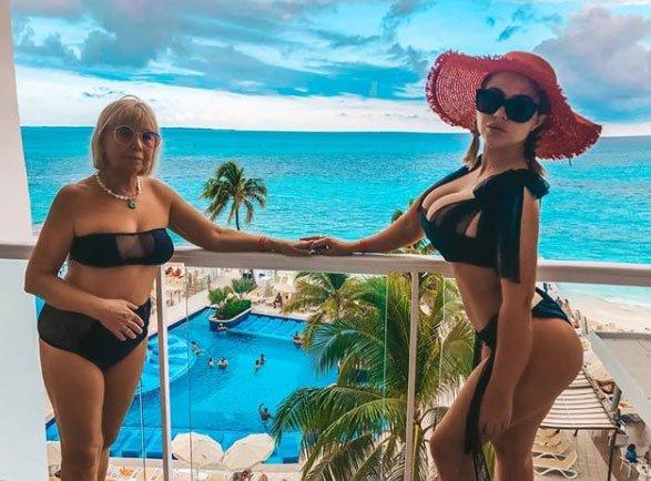 Фотоподборка с отдыха Марии Кахно с мамой в Мексике