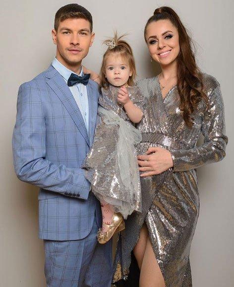 Новогодняя фотосессия счастливой семьи Дмитренко