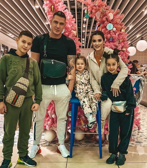 Фотоподборка с путешествия Ксении Бородиной с семьей в Гонгконг