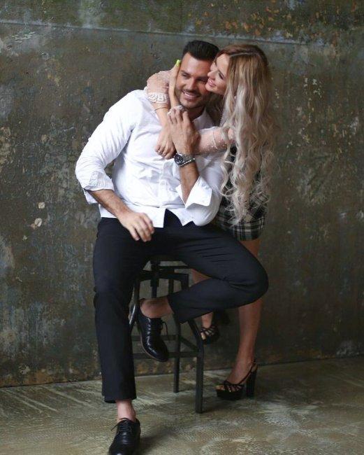 Фотосессия красивой пары Руслана Мацьолек и Насти Ивановой