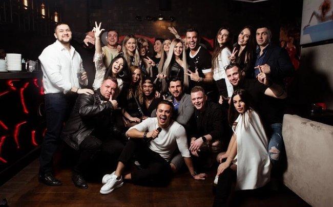 Фотоподборка с веселой вечеринки в честь Дня рождения Леши Купина