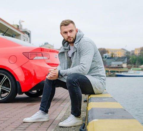 Виктор Литвинов после неудачи в бизнесе, работает над новым проектом