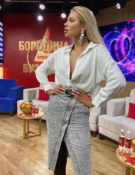 Анна Кобелева убедилась, что девушкам не стоит бороться за парней